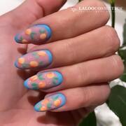 @ilianapapageorgiou nails for today: Summer fruits 🍊🍊🍊   👏 @georgia_taxiarhi  #ILIANAxLALOO #IlianaLovesLaloo #LalooUrbanVibes #laloocosmetics #laloonails