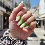 Mastering in ombre 👉 @nails.fofi  Εσείς με ποιον τρόπο κάνετε το ombre;  #laloocosmetics #laloonails