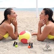 Το beach volley είναι υπόθεση... χρωματιστή 💛🧡  Αυτό το καλοκαίρι η #laloo είναι μαζί με την @polina_trigonidou και τη @yiota.vl 🏐   #laloonails #laloocosmetics