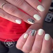 Mood of the day με pastel λεμόνι 🍋 #370laloo και nail art με #paintgelblack by @nailartist_despoina 💅 . #nails #laloonails #laloocosmetics #lemonnails #nailporn #gelpolish #laloomania