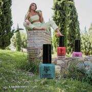 @marialena.rou #laloo summer nails 🌴💅  #laloocosmetics #laloonails