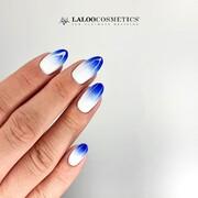 Mastering in ombre 👉 🄾🄼🄱🅁🄴 🅂🄿🄾🄽🄶🄴  Με το σφουγγαράκι ombre όλα γίνονται εύκολα 💞  🔥 Λοξό laser κόψιμο 🔥 Ανθεκτική, εργονομική λαβή 🔥 Διαθέσιμα ανταλλακτικά σφουγγαράκια  #laloocosmetics #laloonails #ombrenails